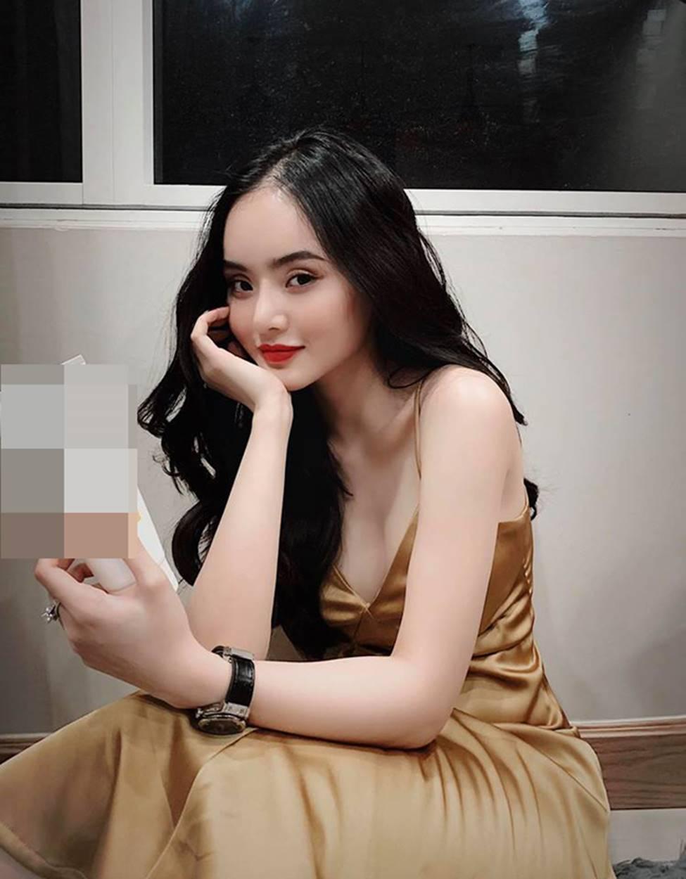 Em gái Angela Phương Trinh xinh đẹp và gợi cảm muôn phần ở tuổi 23-19