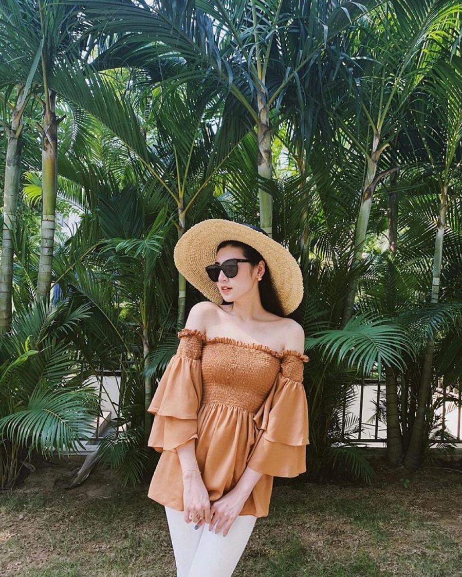 """Thống trị street style, sao Việt đua nhau diện crop top sương sương"""", váy đầm bánh bèo""""-4"""