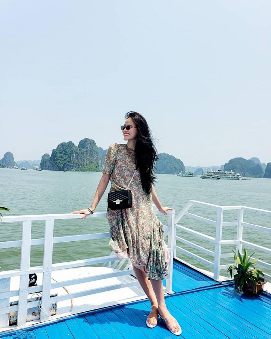"""Thống trị street style, sao Việt đua nhau diện crop top sương sương"""", váy đầm bánh bèo""""-19"""