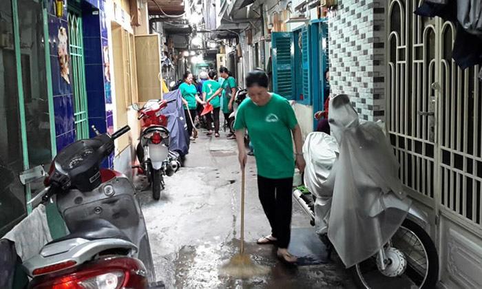 Đất dữ Sài Gòn: Anh công an ngồi đọc sách giữa đường để canh tội phạm-3