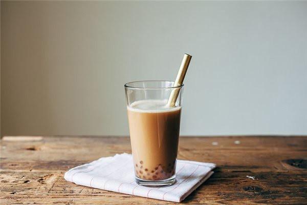 Cô gái trẻ bị đột quỵ mắt, tiểu đường kèm máu nhiễm mỡ do uống 2 ly trà sữa mỗi ngày: Bài học cảnh tỉnh cho tín đồ mê trà sữa-3