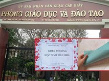 Thưởng học sinh giỏi chỉ bằng tờ giấy: Trưởng Phòng GD&ĐT Cầu Giấy viết thư xin lỗi