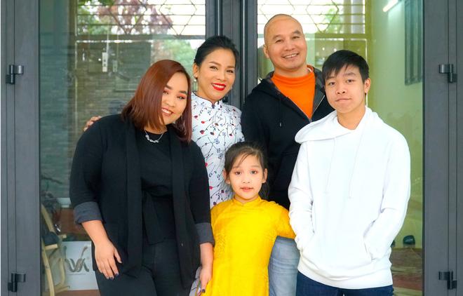 Em gái diva Mỹ Linh và hành trình hơn 5 năm cùng chồng chống chọi ung thư não-4