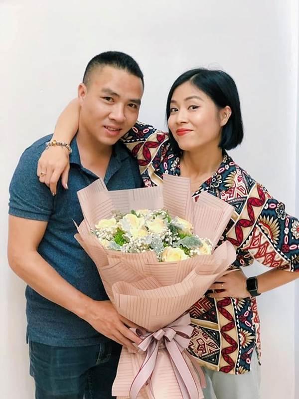 BTV Hoàng Linh lại tung ảnh bikini đốt mắt người nhìn-10