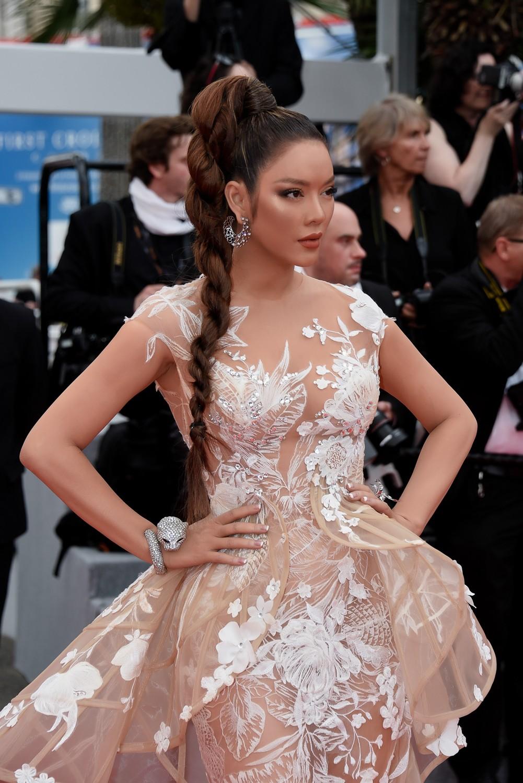 """Lý Nhã Kỳ khẳng định: Lựa chọn trang phục ở Cannes là cách nhận biết ngôi sao và khán giả vô danh""""-5"""