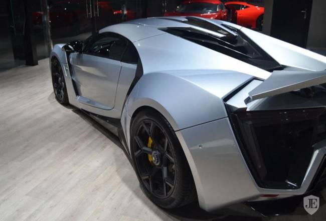 Xe hơi cõng kim cương giá hàng trăm tỷ, dân chơi không dám rời nửa bước-15