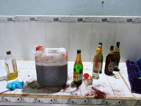 Giải mã những chiếc can nhựa trong vụ 2 xác chết trong thùng bê tông