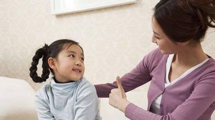 Bố mẹ chỉ cần thay đổi một chút trong lời khen sẽ làm thay đổi cả cuộc đời con-2