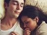 Nửa đêm tỉnh giấc, tôi bật ngửa la lớn vì thấy dấu vết trên lưng chồng