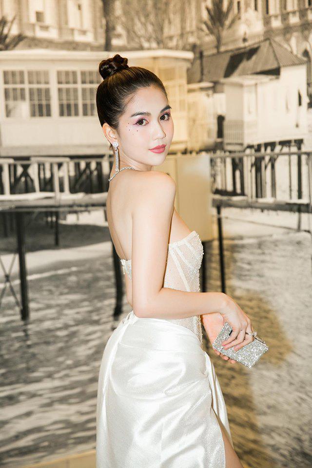 Mặc kệ bị ném đá, Ngọc Trinh vung tiền mua cùng lúc 20 chiếc túi xách tại Cannes-5