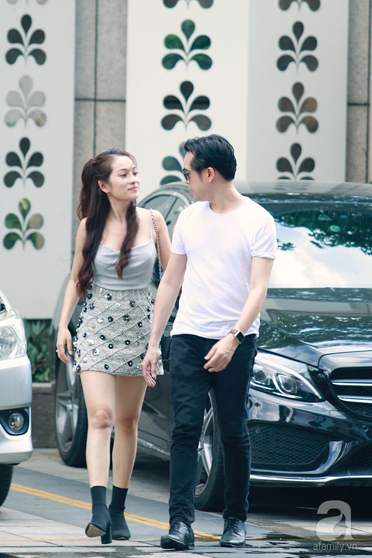 Dương Khắc Linh cùng vợ sắp cưới khoác vai, công khai ôm hôn tình tứ trước ngày lên xe hoa-2
