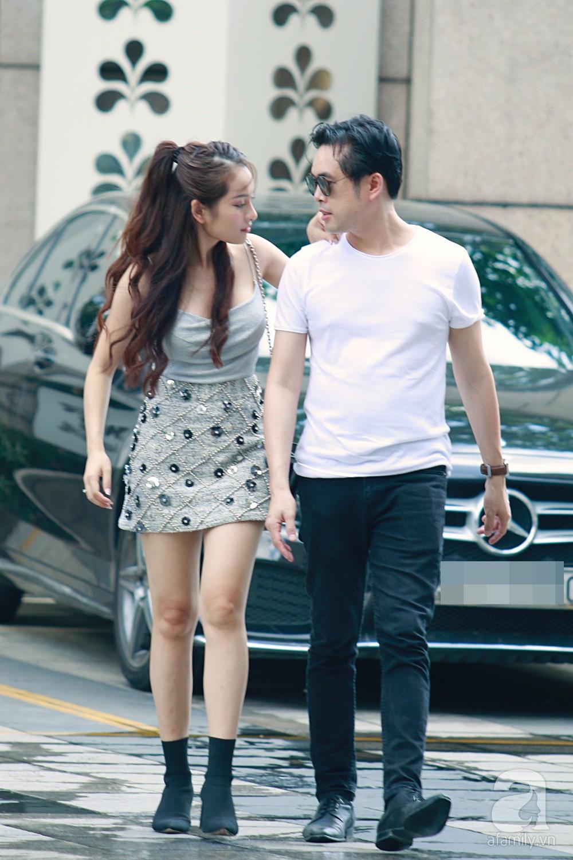 Dương Khắc Linh cùng vợ sắp cưới khoác vai, công khai ôm hôn tình tứ trước ngày lên xe hoa-4