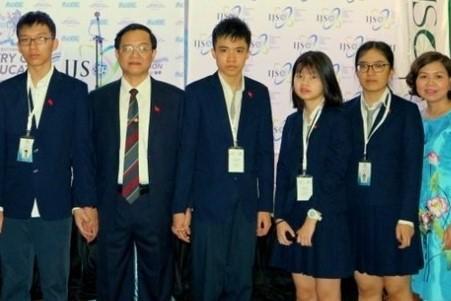 Nam sinh Việt Nam đầu tiên giành điểm số tuyệt đối 1600 ở bài thi SAT 1-1