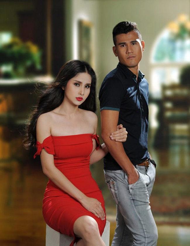 Chia tay các cầu thủ nổi tiếng nhất tuyển Việt Nam, 3 người đẹp sexy sống thế nào?-1