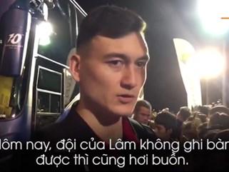 Gặp Xuân Trường trong chốc lát, Văn Lâm chỉ kịp nói: 'Nhớ em quá'