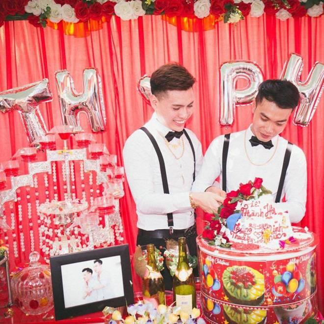 Cặp đôi đồng tính dùng cả thanh xuân để xin cưới, nhìn cuộc sống hiện tại mà ngỡ ngàng-4