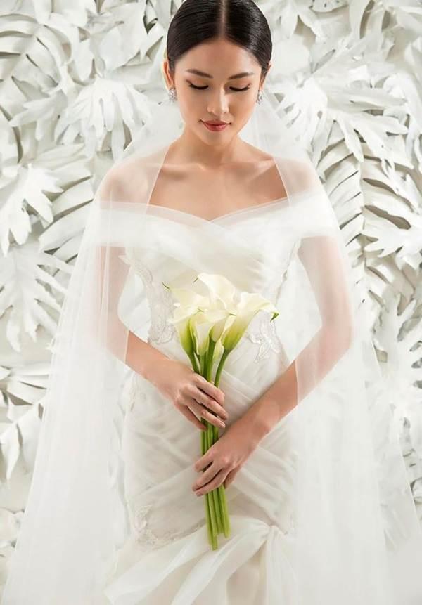 Sau khi công khai bạn trai, Á hậu Thuỳ Dung gợi cảm với váy cưới xuyên thấu-10