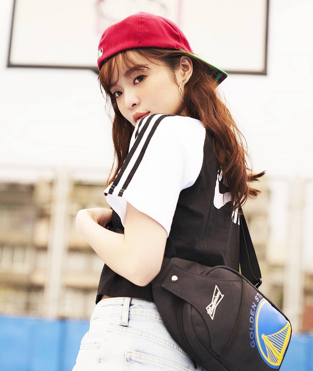 Vô tình gặp gái xinh sở hữu góc nghiêng giống Song Hye Kyo, chàng trai ngẩn ngơ đăng ảnh nhờ cư dân mạng tìm info giúp-8