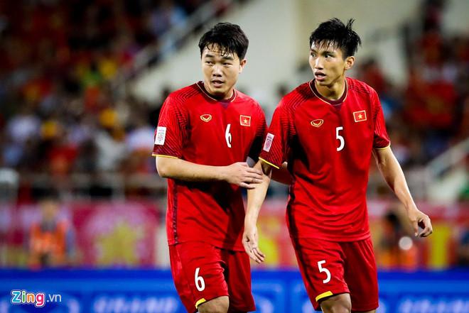 Đội bóng của Văn Lâm quyết chiêu mộ Đoàn Văn Hậu-2