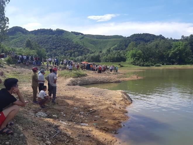 Vụ 5 học sinh bị đuối nước: Lời kể xót xa của nữ sinh duy nhất được cứu sống-2