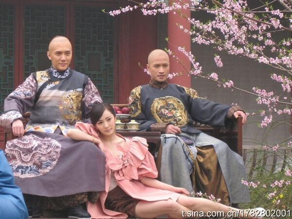 Chuyện hoàng đế nhà Thanh chết đột ngột, nghi bị thích khách chặt đầu-2