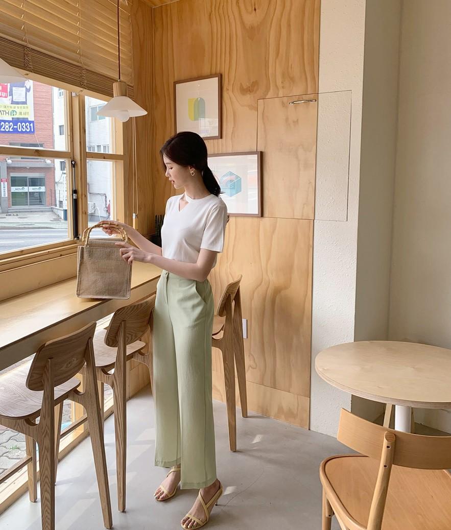 Tới chỗ làm, nàng công sở đừng diện 5 items khiến người ta hoang mang về độ duyên dáng và chuyên nghiệp này-17