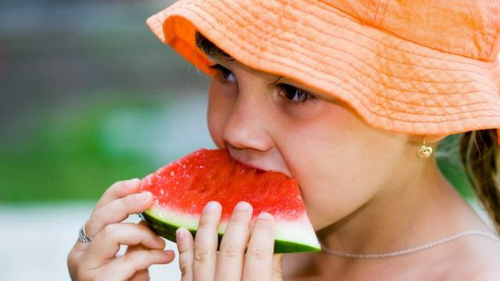 Ăn dưa hấu lợi nhiều hại ít: Vừa giảm béo lại phòng bệnh tim mạch thậm chí ngăn ngừa ung thư-2