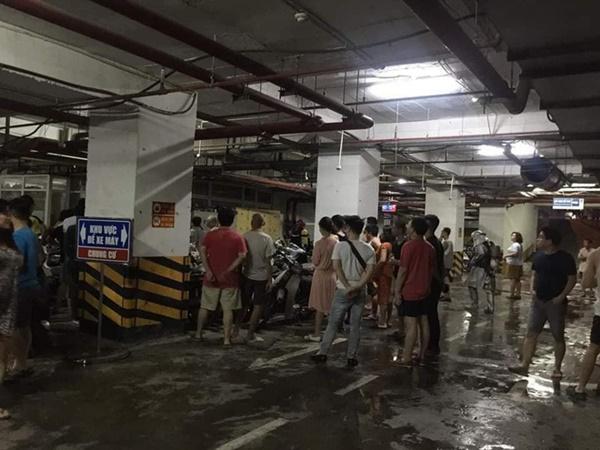Hà Nội: Cháy tầng hầm chung cư cao cấp Hapulico, hàng trăm người hốt hoảng bỏ chạy-1
