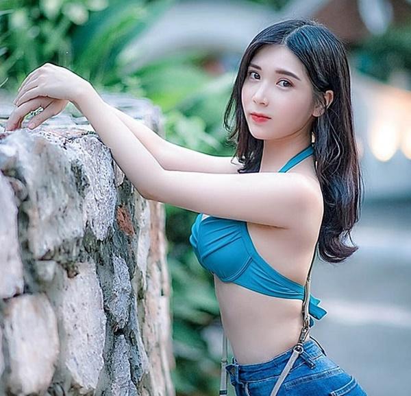 Ngắm đường cong mê người của Thanh Bi và 2 hot girl Kem Xôi-4