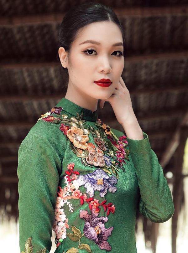 Hoa hậu Việt Nam 2008 Thùy Dung: Từ scandal Hoa hậu học dốt đến ồn ào bị vợ cũ đại gia dằn mặt và hạnh phúc giấu kín ở tuổi 30-7