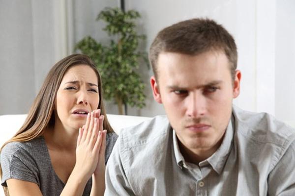Bị nhân tình đòi hỏi 9 lần/đêm, vợ thức tỉnh xin chồng tha thứ-1