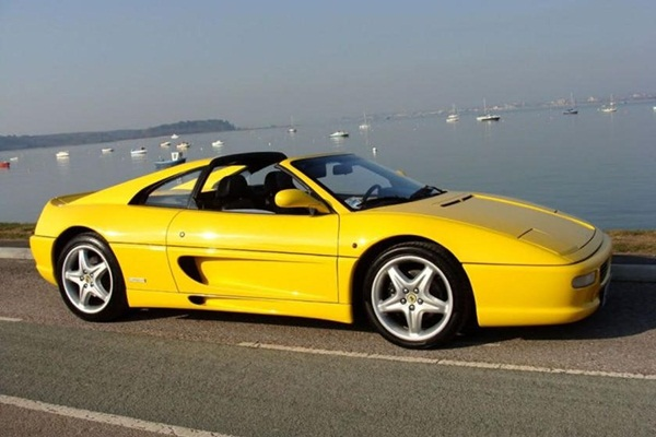 Ngắm bộ sưu tập xe hơi khủng của cựu tay đua F1-2