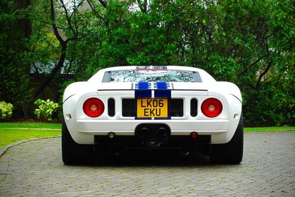 Ngắm bộ sưu tập xe hơi khủng của cựu tay đua F1-8