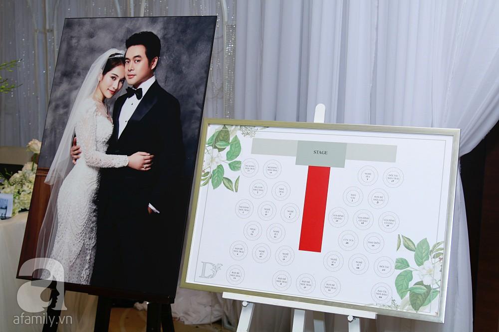 Cận cảnh không gian tiệc cưới xa hoa với thực đơn 5 sao đắt đỏ và hoa tươi tiền tỷ của Dương Khắc Linh - Sara Lưu-13