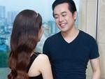 Tiệc cưới chính thức bắt đầu, cô dâu Sara Lưu âu yếm lau nhẹ vết son của mình trên môi chú rể Dương Khắc Linh-67