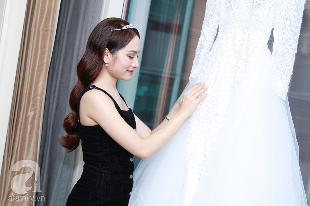 Sara Lưu âu yếm Dương Khắc Linh trong phòng cưới trước giờ G-5