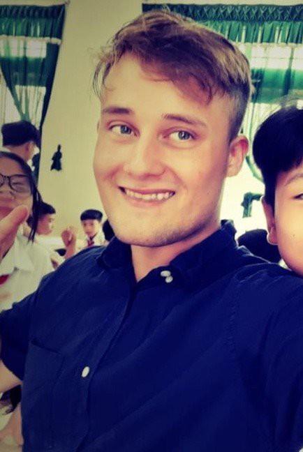 Chàng trai Nam Phi dạy tiếng Anh mất tích bí ẩn ở Việt Nam hơn 2 tuần qua-1