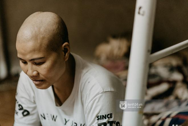 Tâm sự xót xa của người mẹ ung thư vẫn gắng đưa con đi thi: Khi mẹ mất, con cứ lo cho cuộc sống của con, miễn trong tâm con có mẹ là được-17
