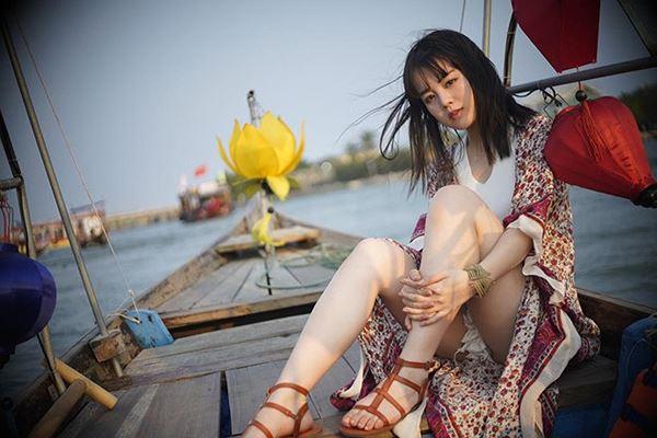 Nữ thần học đường Nhật Bản khoe dáng với bikini ở Việt Nam-3