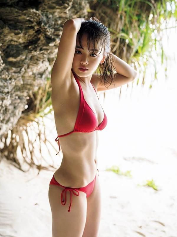 Nữ thần học đường Nhật Bản khoe dáng với bikini ở Việt Nam-14