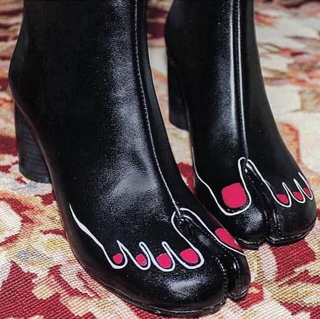 Cười ra nước mắt với những mẫu giày quái dị không dành cho người bình thường-2