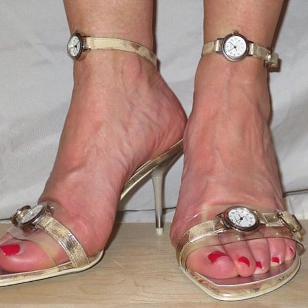 Cười ra nước mắt với những mẫu giày quái dị không dành cho người bình thường-7