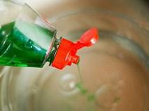 Sử dụng nước rửa bát theo cách này, chuyên gia kinh hãi thốt lên: Sai lầm!
