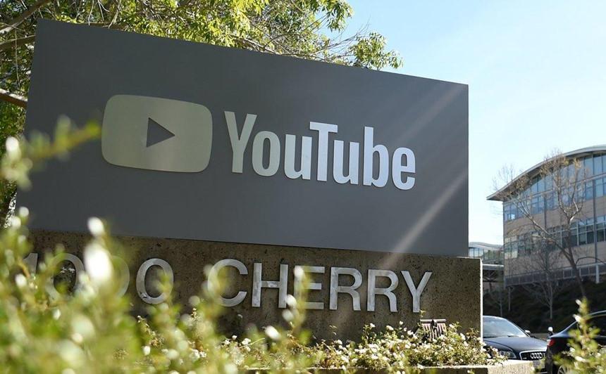 YouTube trở thành điểm tụ họp của những kẻ ấu dâm-2