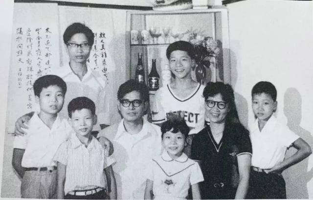 Cách giáo dục đặc biệt của người cha với 6 người con đều là bác sĩ, giáo sư danh tiếng-5