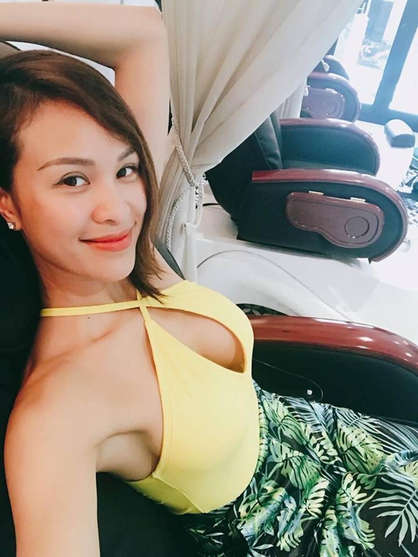Bỏng mắt vì MC Phương Mai dáng chuẩn như vẽ sắp lấy chồng Tây điển trai-11