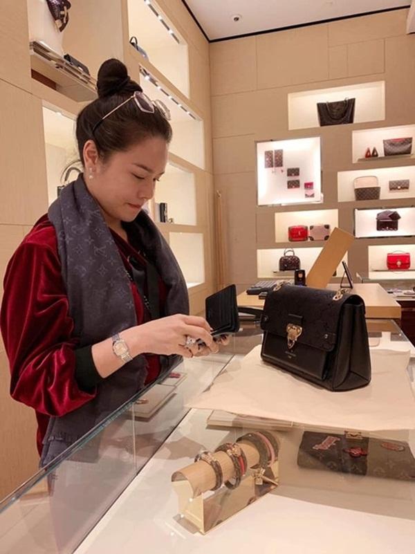 Nhật Kim Anh không cần chồng vẫn giàu nứt vách-16