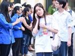 6400 học sinh Quảng Bình đội nắng 36 độ thi lại môn Văn: Quá vô lý vì lỗi của người ra đề và giám thị nhưng bọn em phải chịu trách nhiệm-12