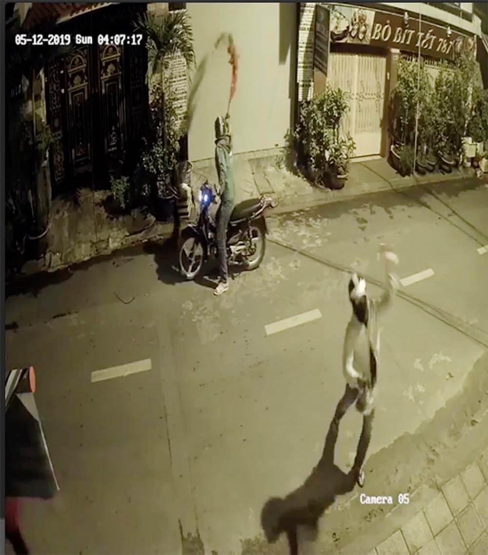 Cả gia đình ở Sài Gòn bị nhóm người khủng bố, dọa giết-2