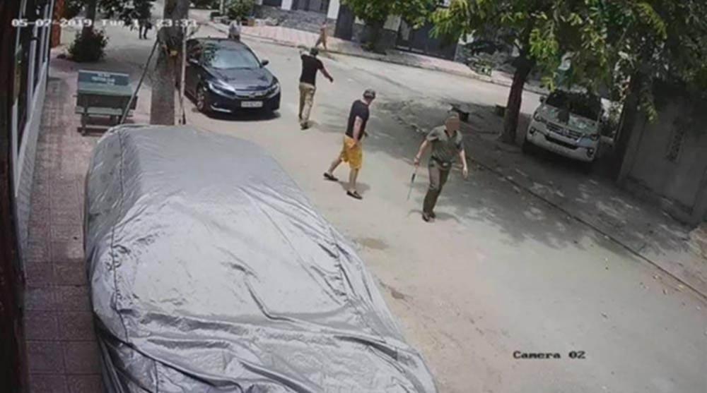 Cả gia đình ở Sài Gòn bị nhóm người khủng bố, dọa giết-4